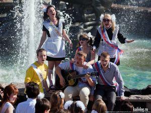 Последний звонок в школах России 2011