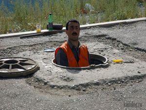 Приколы про канализационные люки