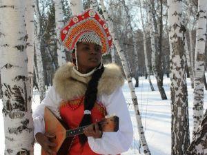 Есть девушки в русских селеньях