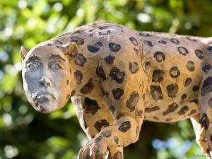 Странные творения скульпторов