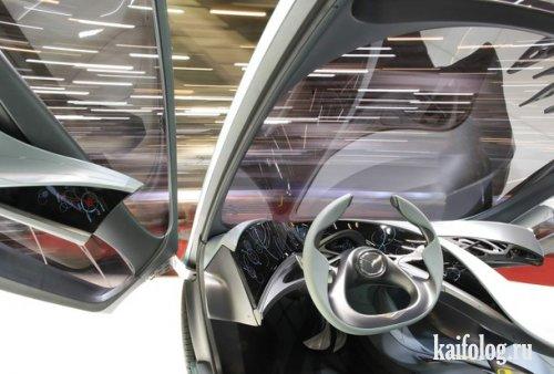 Международный автосалон в Женеве (24 фото)
