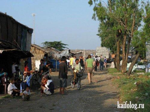 Деревня на помойке (5 фото)