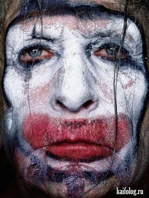 Очень жесткие клоуны (10 фото)