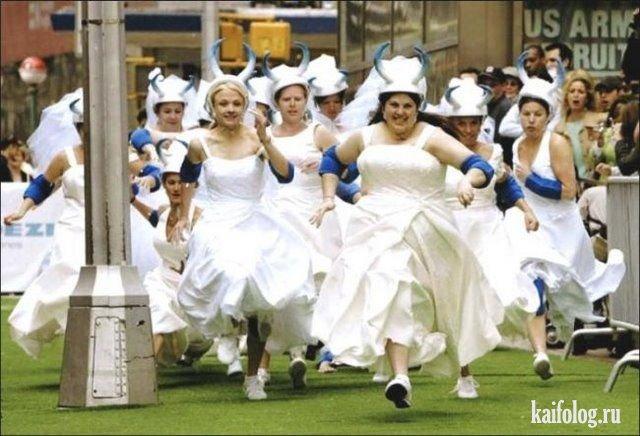 pyanie-nevesti-na-svadbe-foto-smotret-hhh-trahnul-gornichnuyu