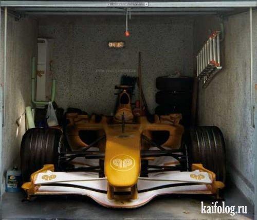 Креативные наклейки на гаражи (10 фото)