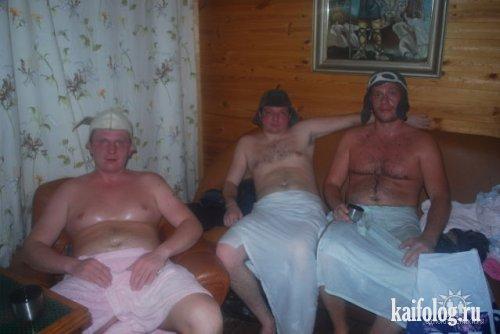 Одноклассники в бане (70 фото)