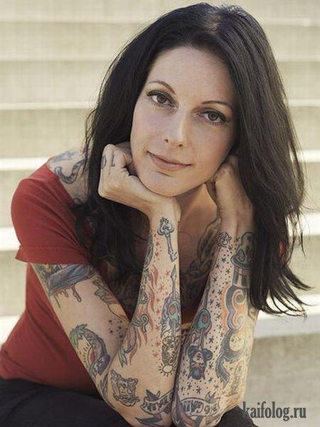 Татуированные девушки (21 фото)