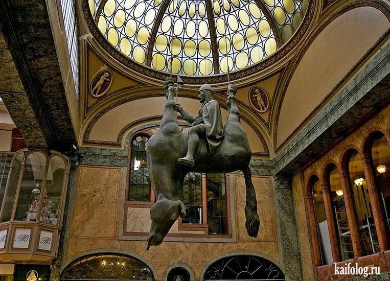 прикольные статуи фото