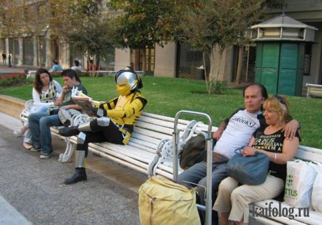 Приколы в костюмах (40 фото)