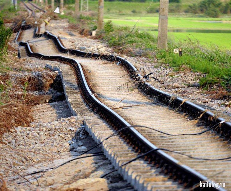 железная дорога смешные фото жёлтые
