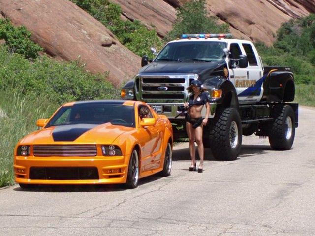 Девушки и авто 55 фото