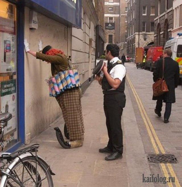 Аресты в костюмах (45 фото)