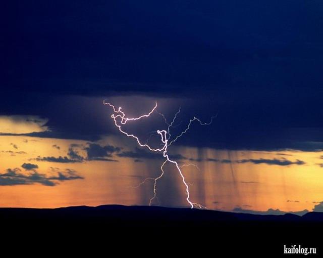 Куда бьёт молния (30 фото)