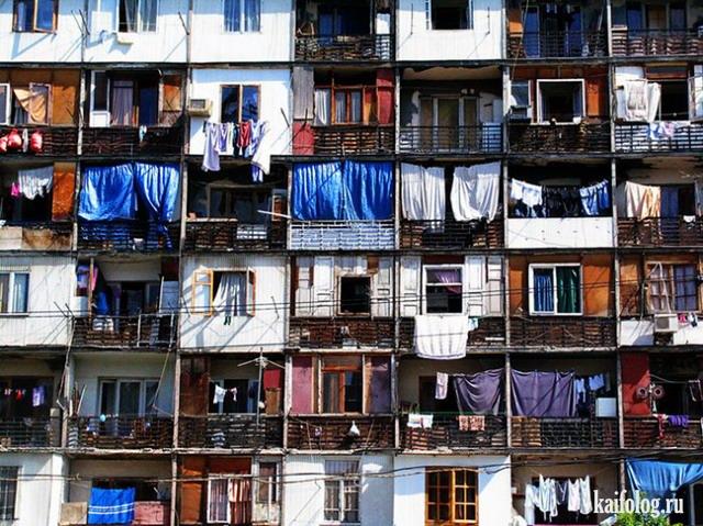 Прикольные балконы (65 фото)