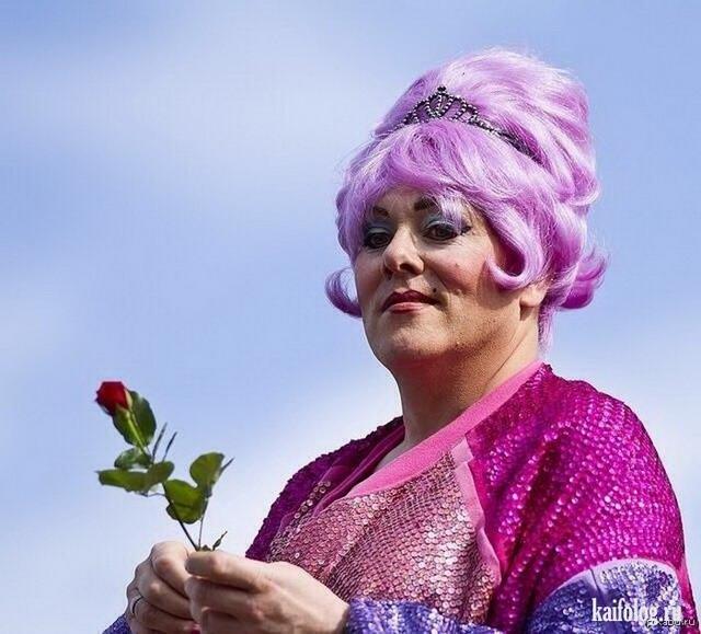 Йон Гнарр - самый чудной мэр на планете (25 фото)