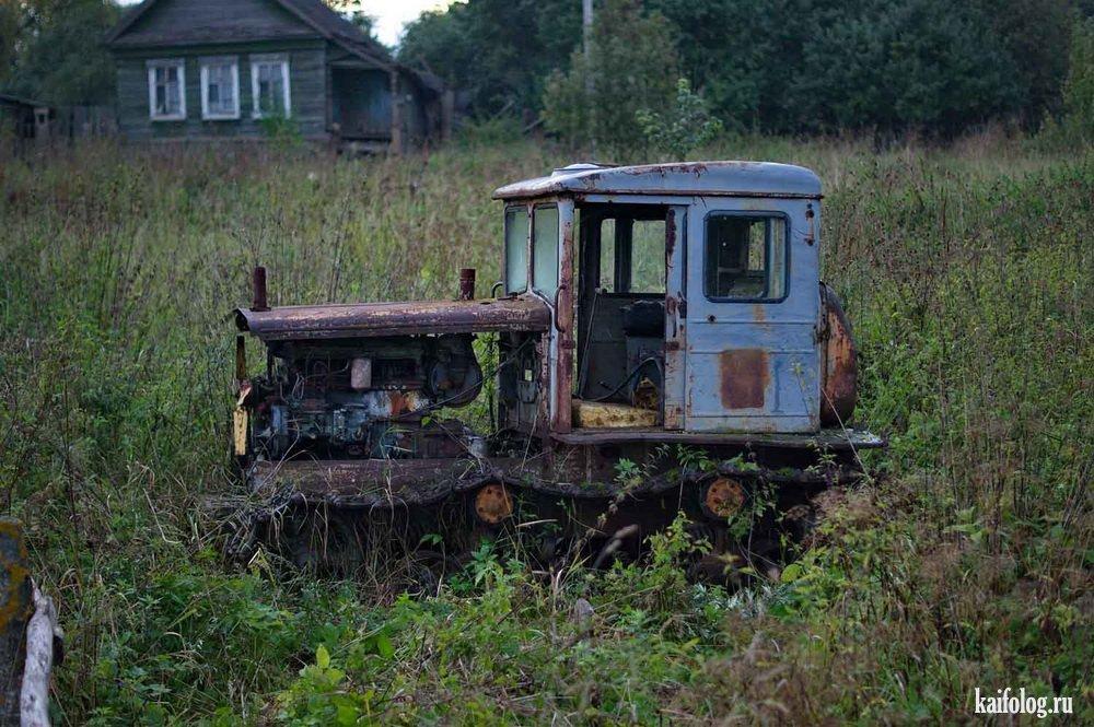 таких заброшеные трактора россии фото сразу