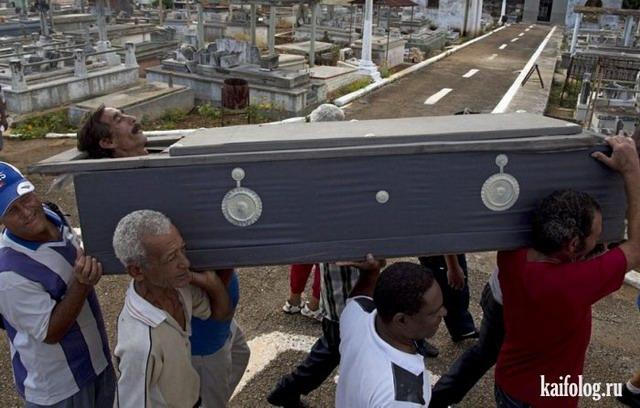 Воскрешение мертвых (11 фото)