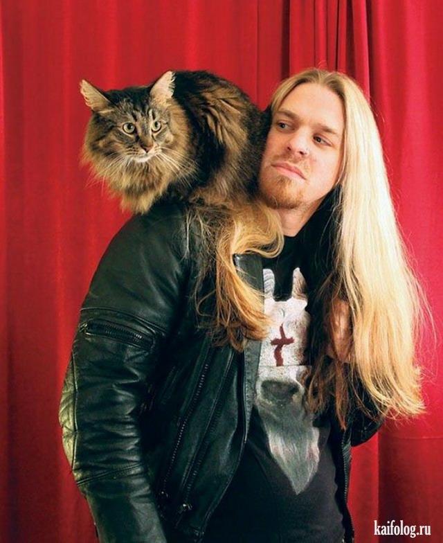Металлисты с котами (23 фото)