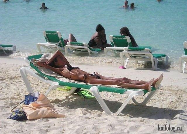 Приколы на пляже (38 фото и 3 гифки)