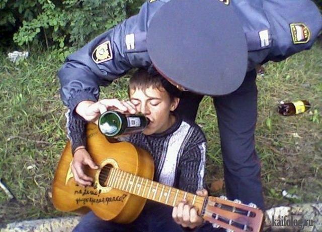 Голые пьяные приколы, бесплатные фото ...: pictures11.ru/golye-pyanye-prikoly.html