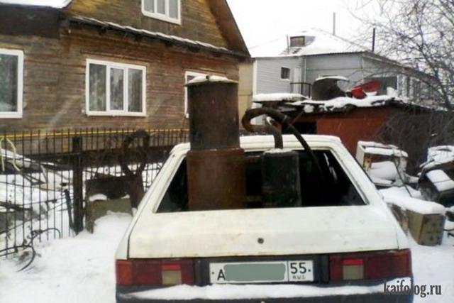 Омский экомобиль, работающий на навозе (3 фото)