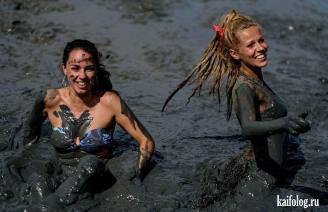Карнавал грязи в Бразилии (45 фото)
