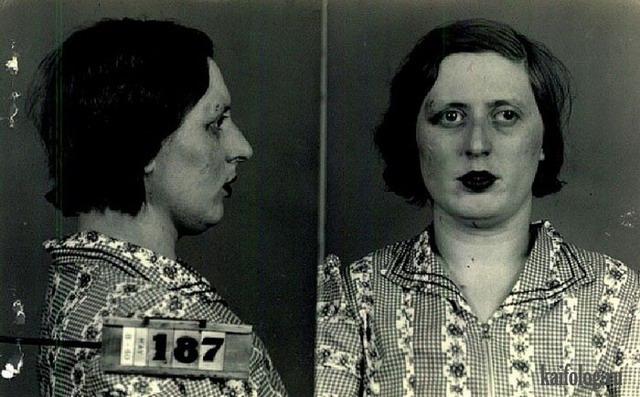 Продажные девушки 40-х годов (13 фото)