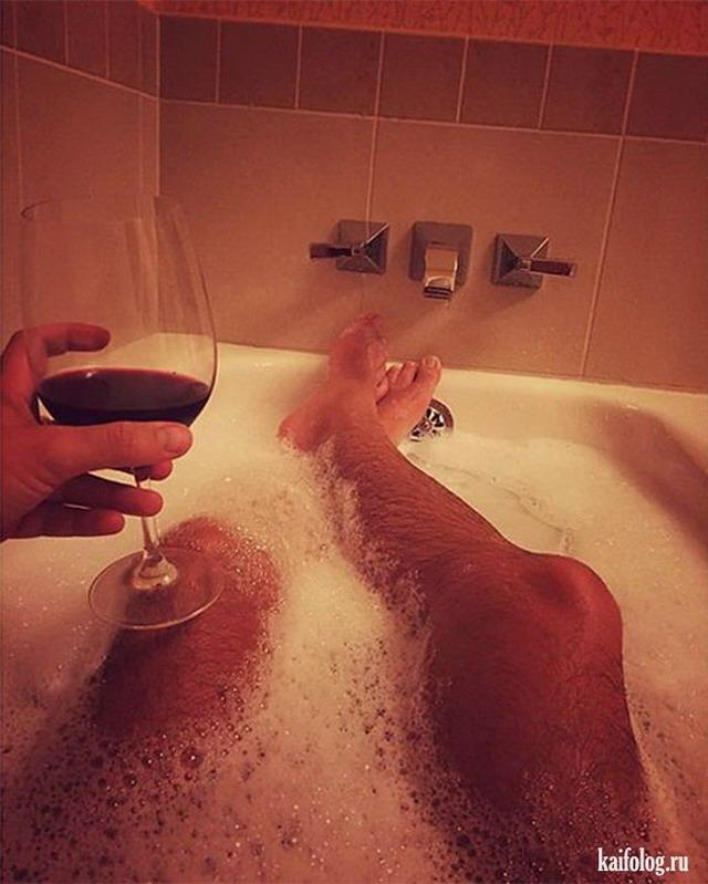Фото парень в ванной