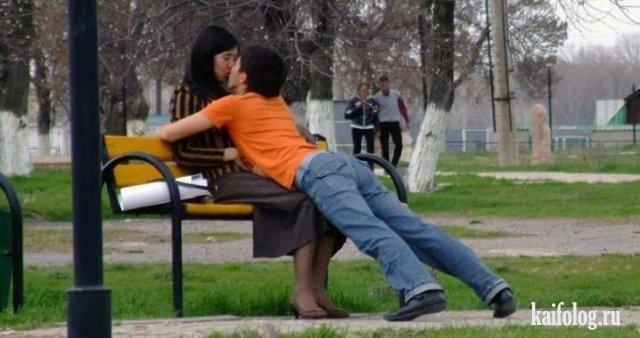 Смешные поцелуи (50 фото)