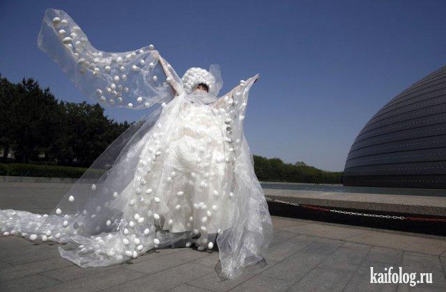 Самые жуткие свадебные платья (45 фото)