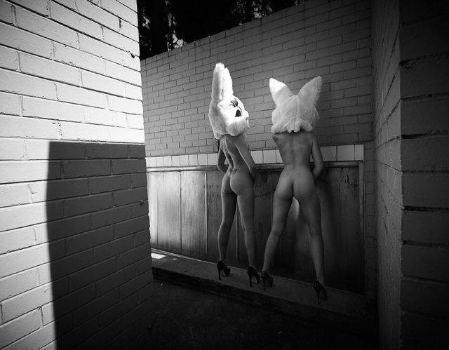 Прикольные пятничные девушки (50 фото)