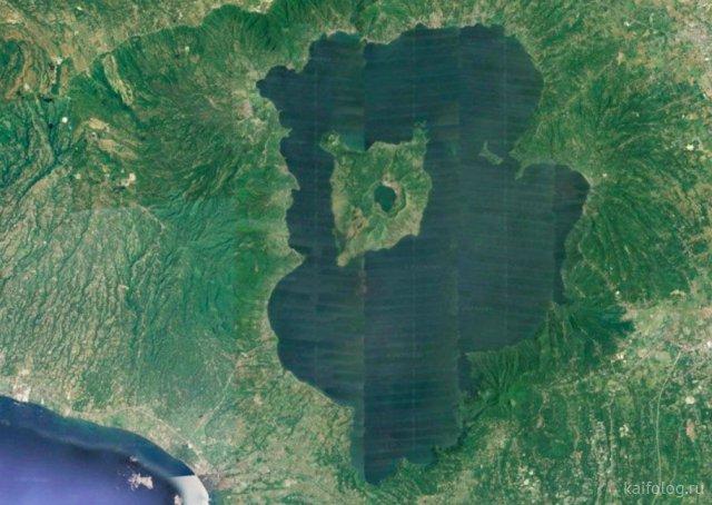 Озеро на острове в озере на острове и не только (40 фото)