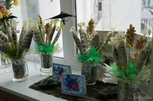 Про идиотские подарки на 23 февраля (45 фото)