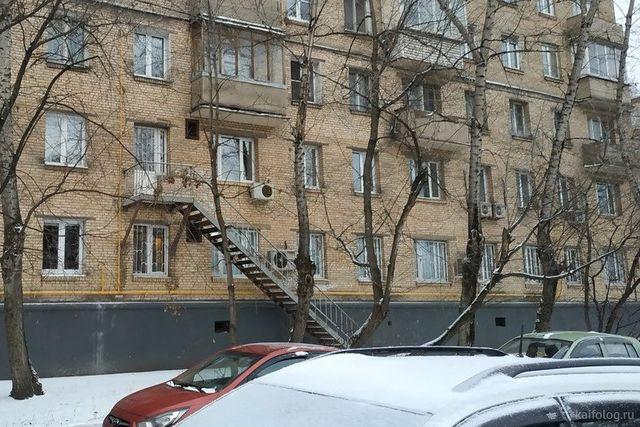 35 маразмов из русских подъездов