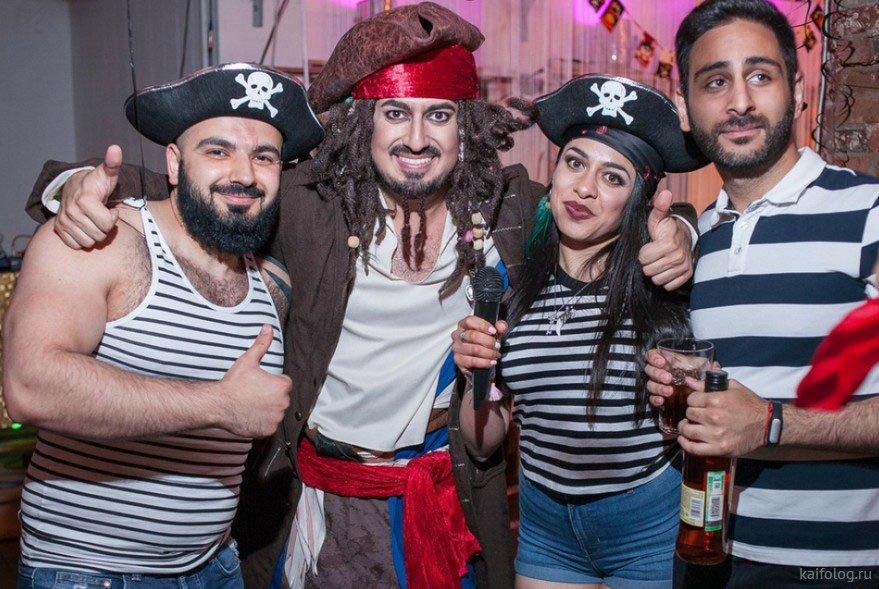 трудились вечеринка в стиле пиратов фото короткие сроки