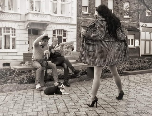 Прикольные девушки недели (35 фото)