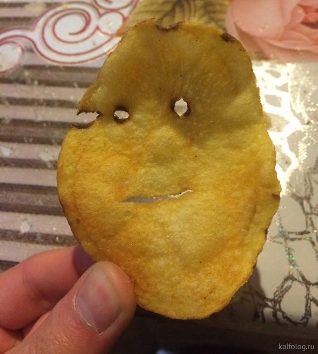 Приколы про чипсы (35 фото)