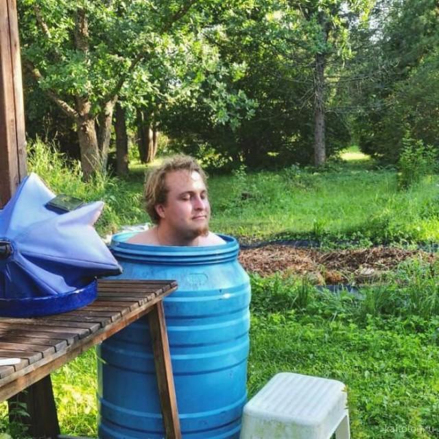 Приколы про жару (35 фото)