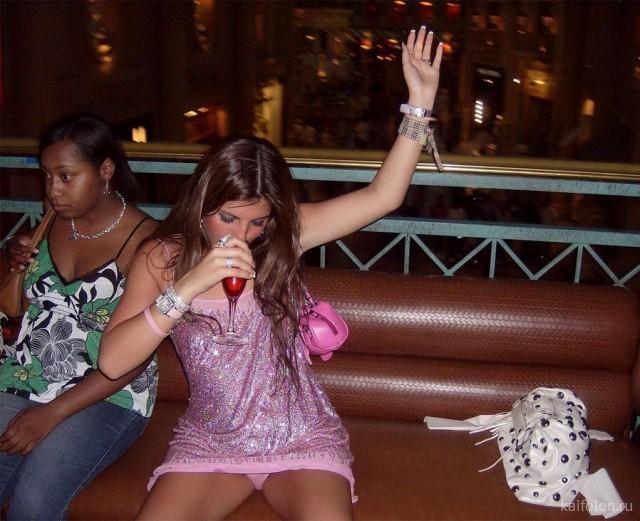 Девушки и алкоголь (40 фото)